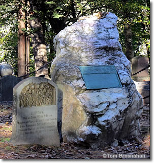 Graves of Ralph Waldo Emerson & Lidian Jackson Emerson, Sleepy Hollow Cemetery, Concord, Massachusetts