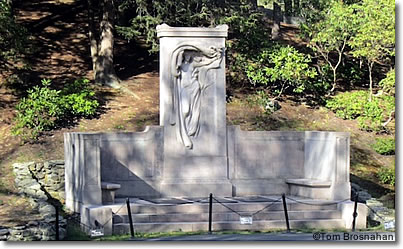 Melvin memorial, Sleepy Hollow Cemetery, Concord, Massachusetts