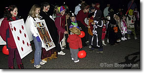 Trick-or-treaters, Halloween in New England