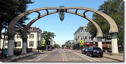 La Pigna Pine Cone Arch Over Atwells Avenue Providence Rhode Island