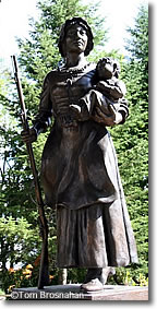 Molly Stark Statue, Wilmington VT